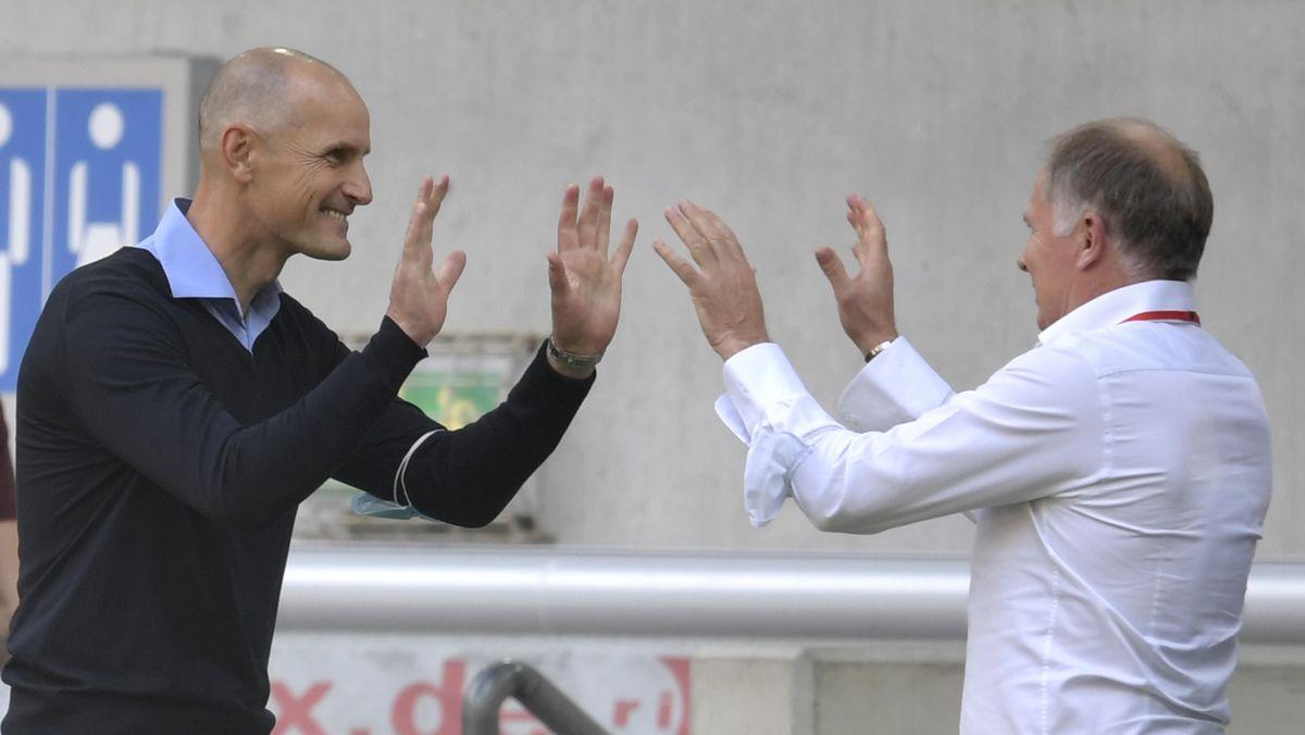 Augsburg-Trainer Heiko Herrlich (links) und Sportdirektor Stefan Reuter