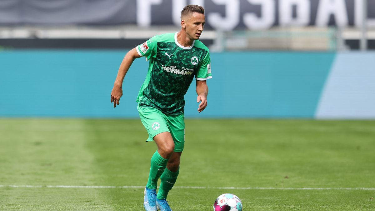 SpVgg Greuther Fürth - VfL Osnabrück.  Paul Seguin traf zum 1:0 für die Spielvereinigung.
