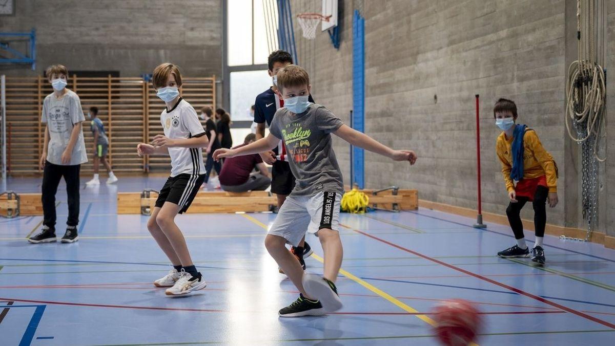 Kinder beim Fußballtraining (Symbolfoto)