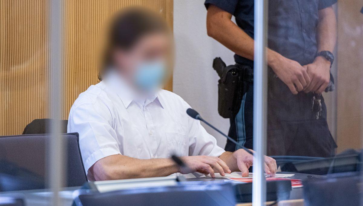 Der ehemalige Verlobte Maria baumers vor dem Landgericht Regensburg