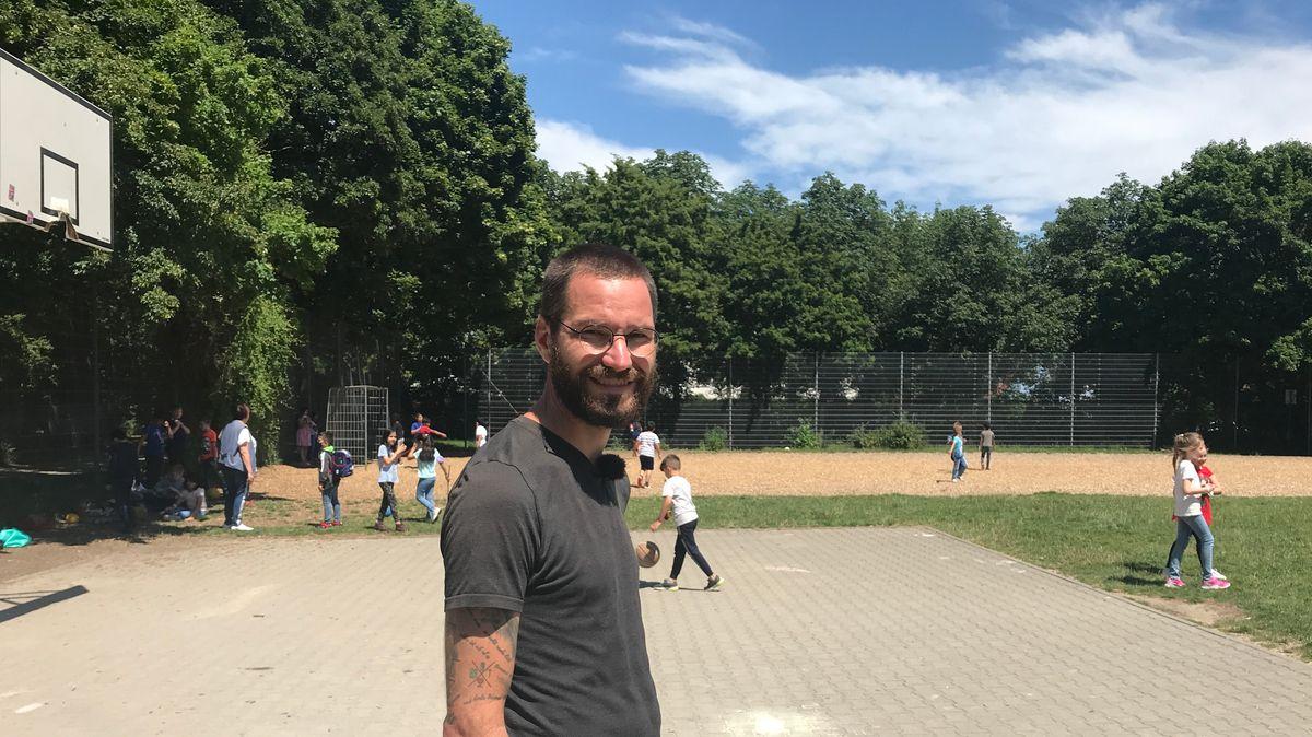 Streetworker Paul Waninger in Augsburg-Oberhausen
