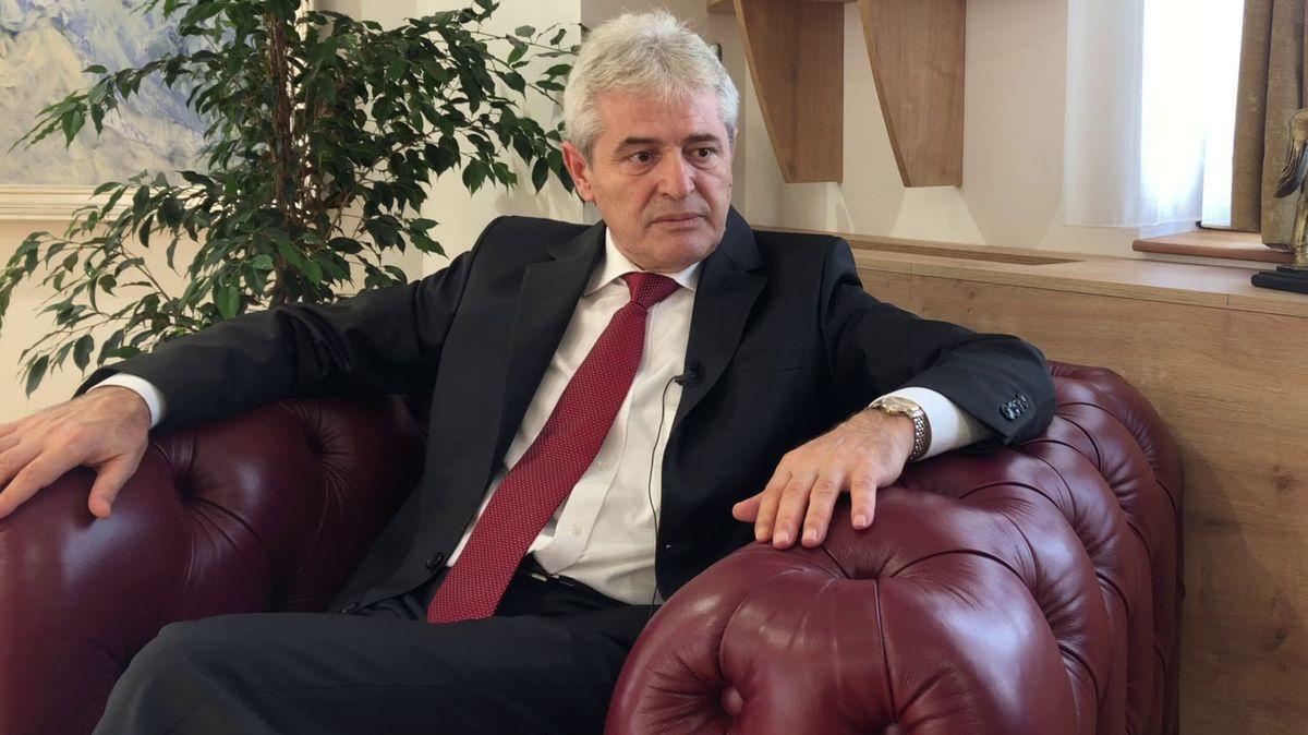 Ali Ahmeti im Interview mit der ARD in Skopje.