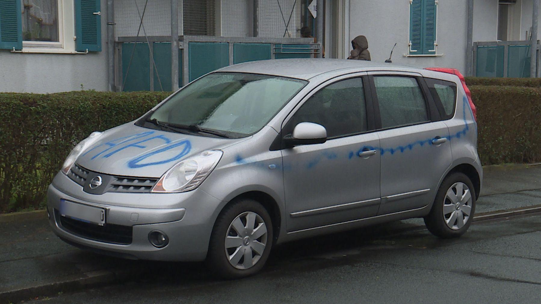Besprühtes Auto in Schweinfurt