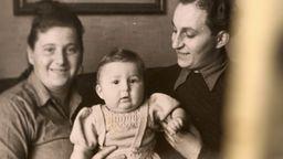 David Stopnitzer als Baby mit seinen Eltern | Bild:BR
