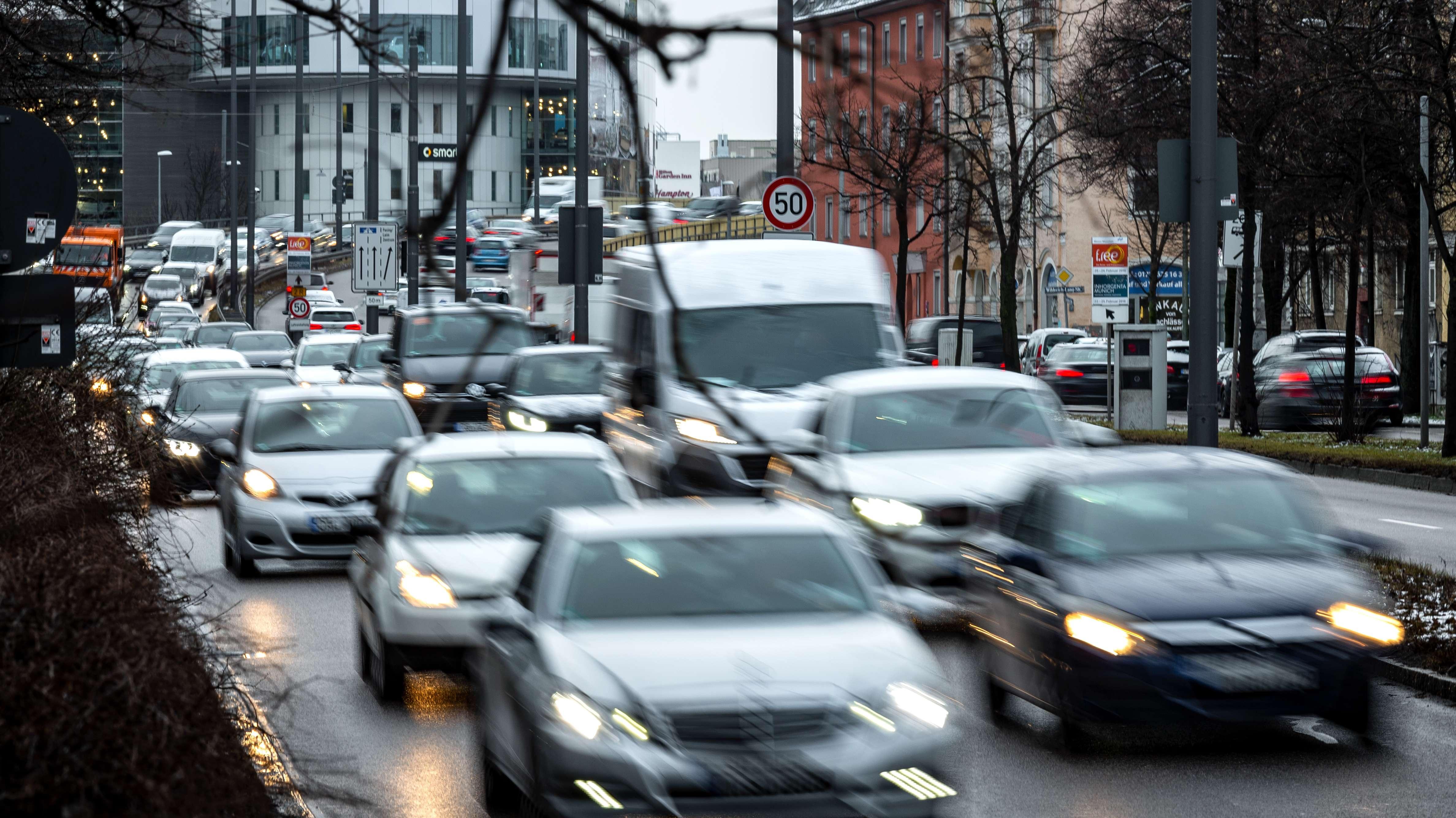 Stockender Verkehr in München (Symbolbild)