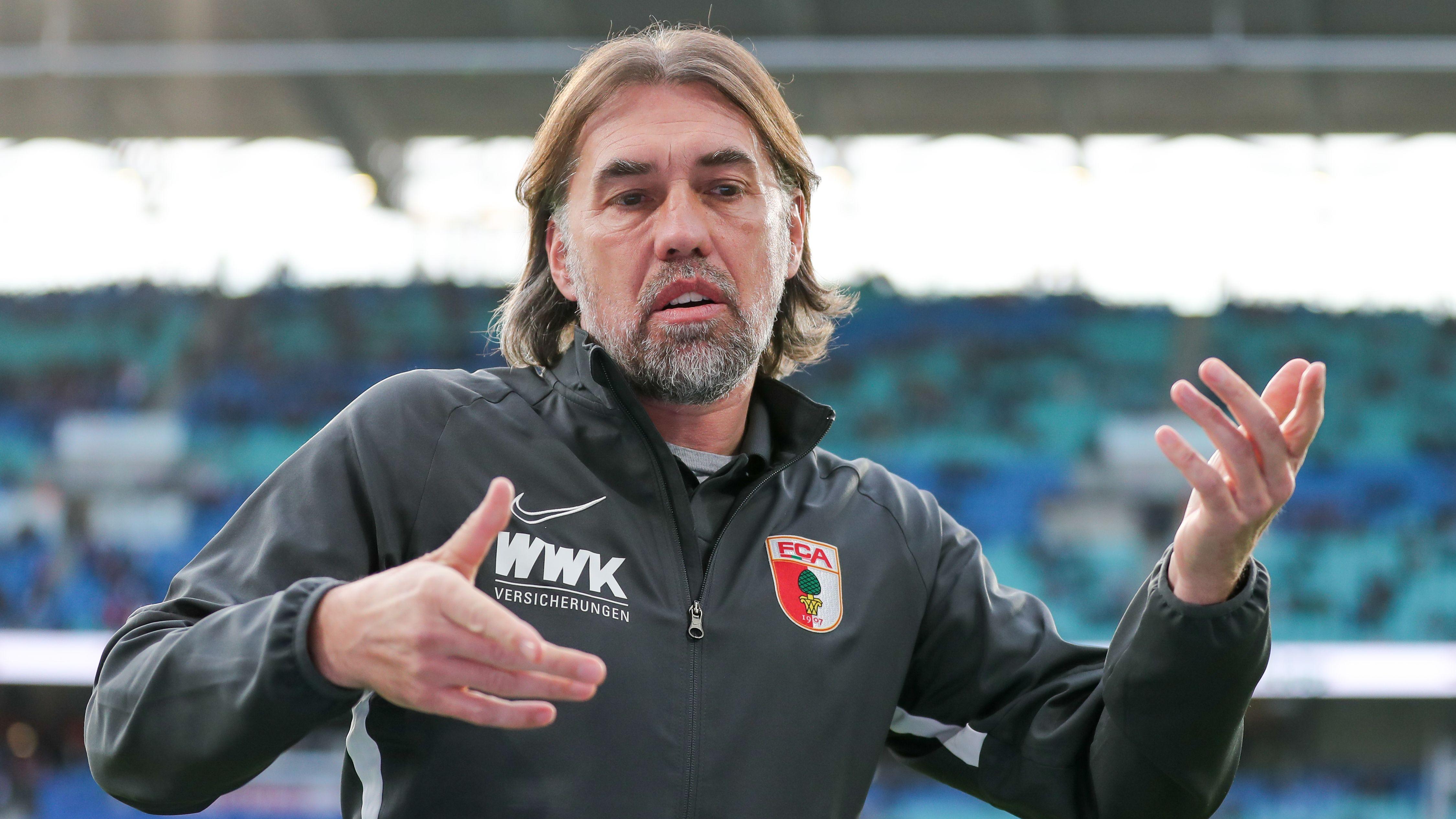 Augsburgs Trainer Martin Schmidt