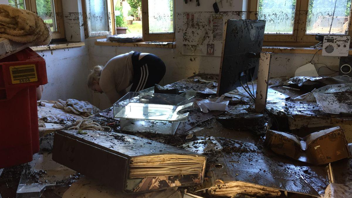 Das Büro der Schreinerei stand 1.70 Meter unter Wasser
