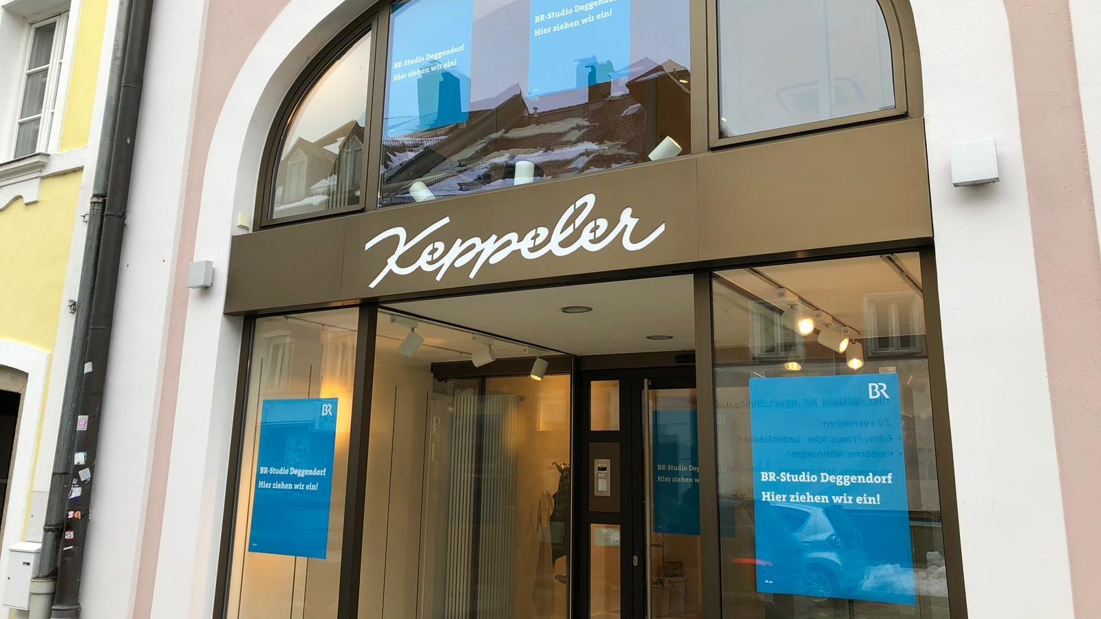 Vom Taschengeschäft zum BR - heute wird das neue Studio in Deggendorf eröffnet.