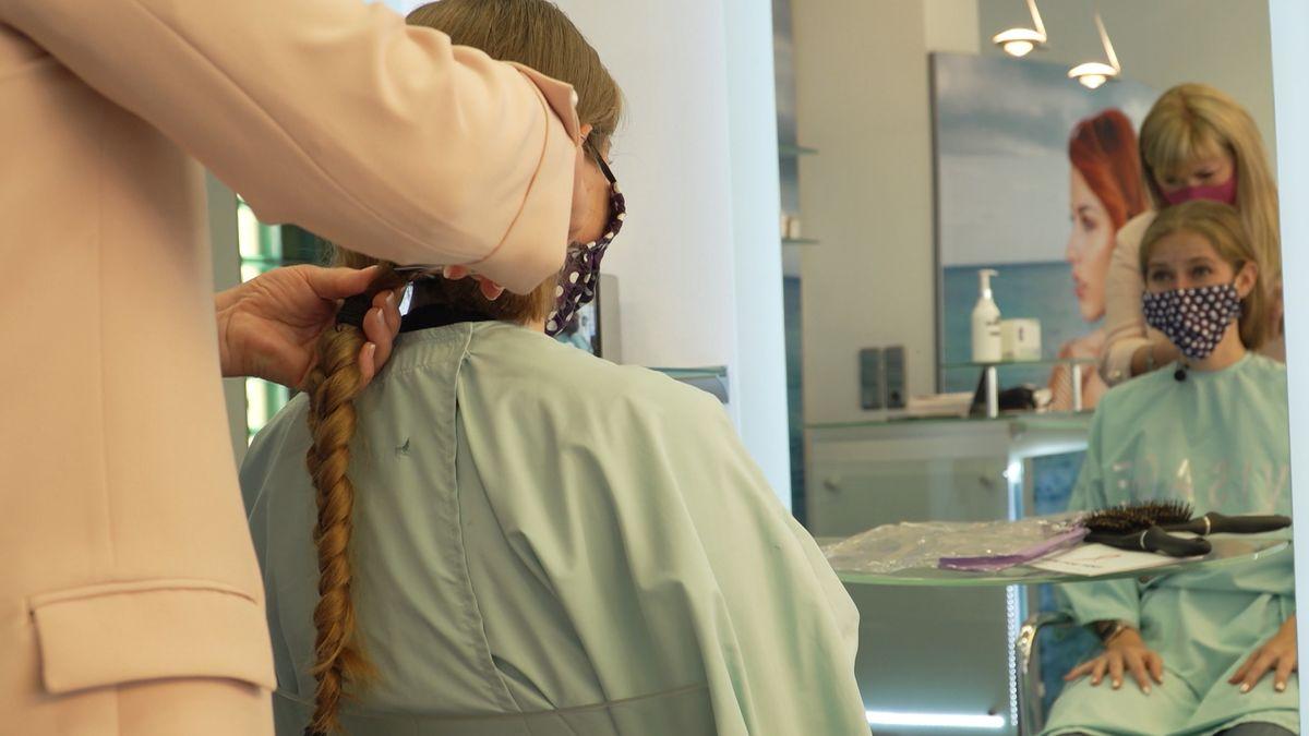 Haarschnitt.