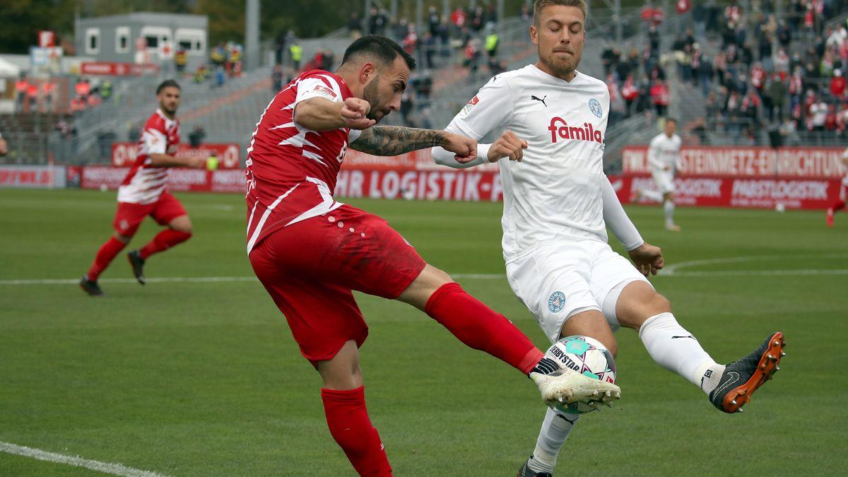 Spielszene Würzburger Kickers - Holstein Kiel