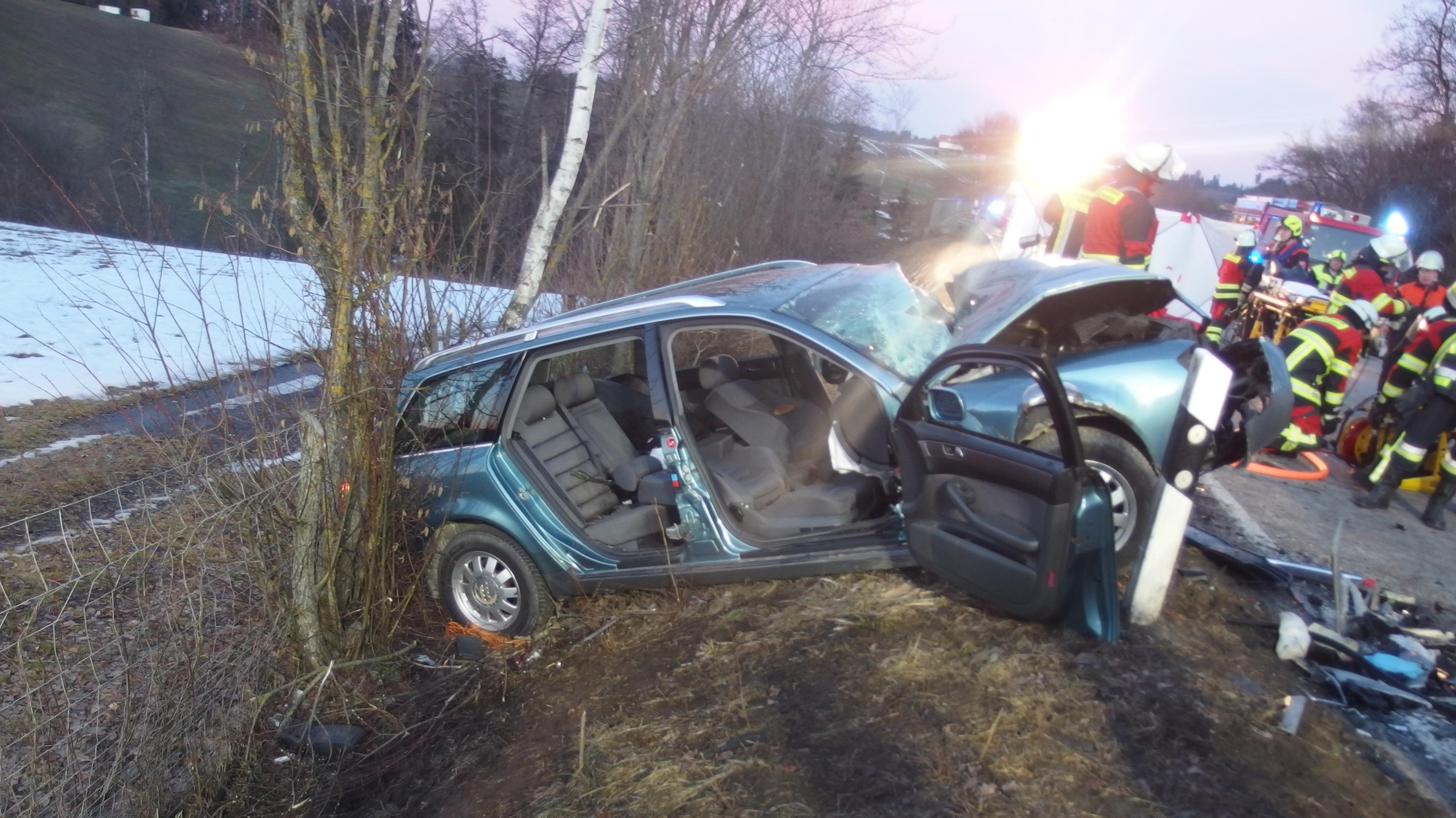 Schwerer Autounfall