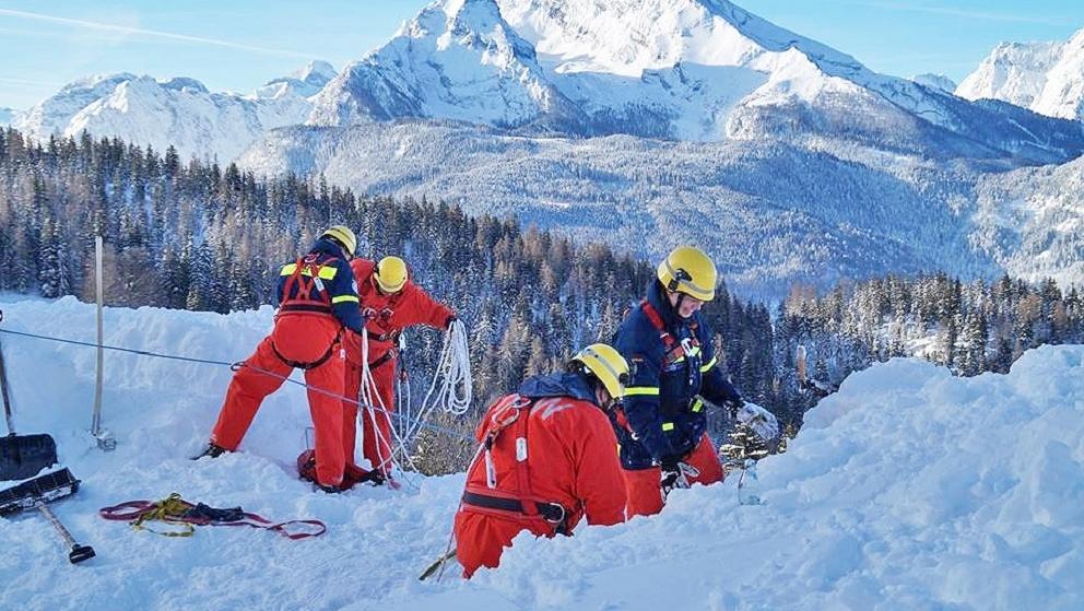 THW Marktheidenfeld hilft beim Schneeräumen
