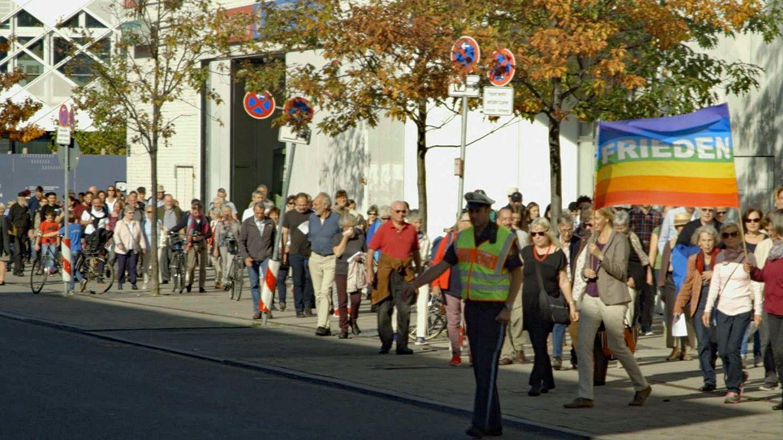 Zum fünften Mal gehen Anwohner aus allen Religionen gemeinsam den Pasinger Friedensweg.