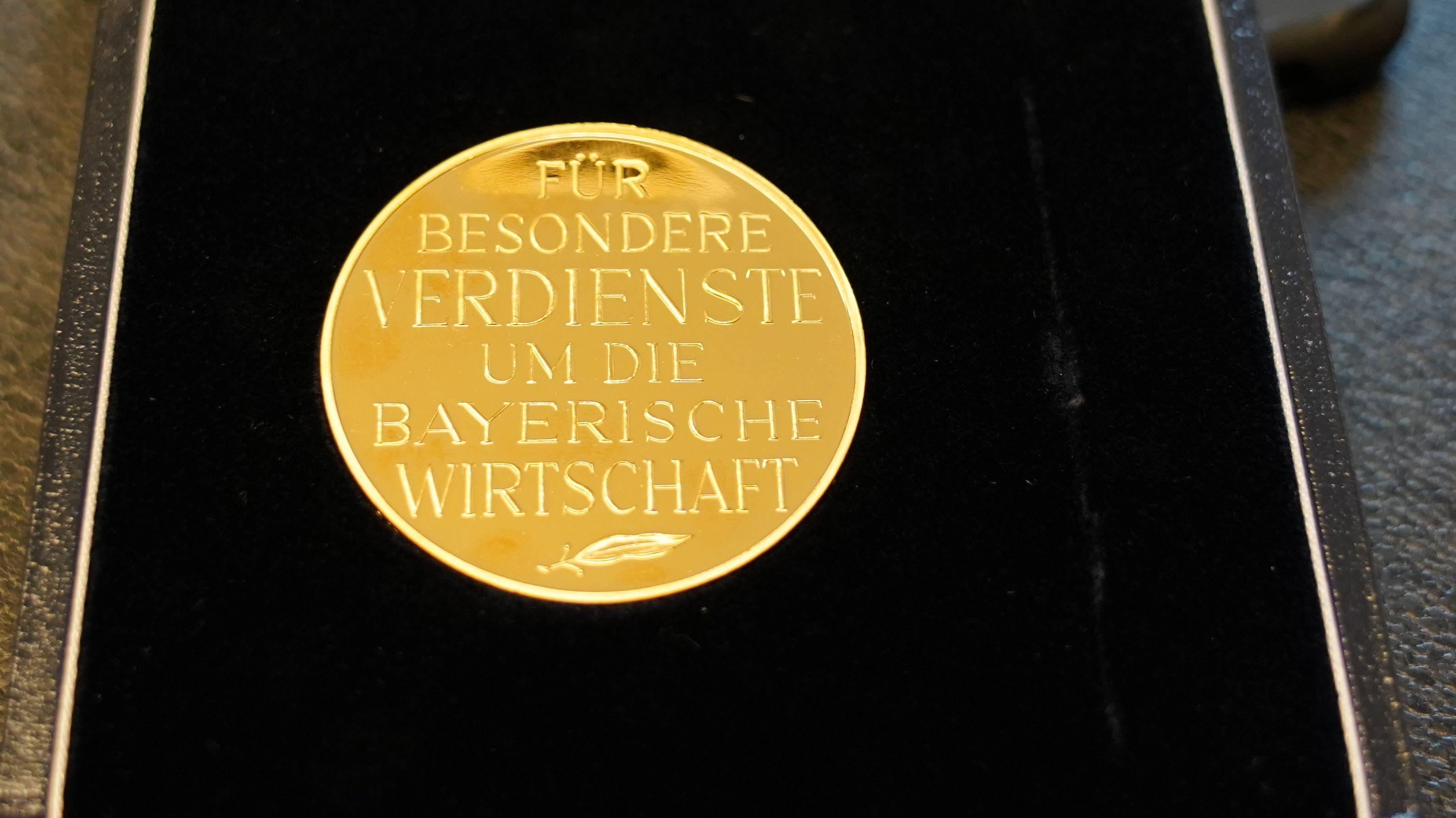 Staatsmedaille für besondere Verdienste um die bayerische Wirtschaft