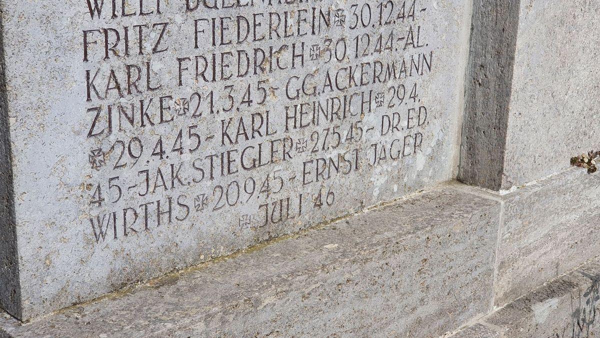 Der Name Eduard Wirths auf dem Kriegerdenkmal in Geroldshausen.
