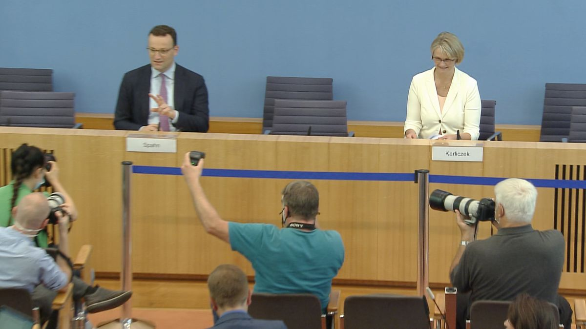 Pressekonferenz in Berlin