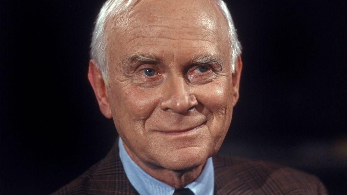 Der deutsche Humorist, Schauspieler und Regisseur Vicco von Bülow, Deutschland 1990er Jahre.