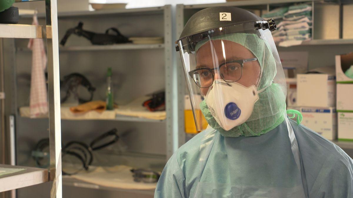Florian Polster, Pflegekraft auf der Covid-19-Intensivstation des Klinikums Nürnberg.