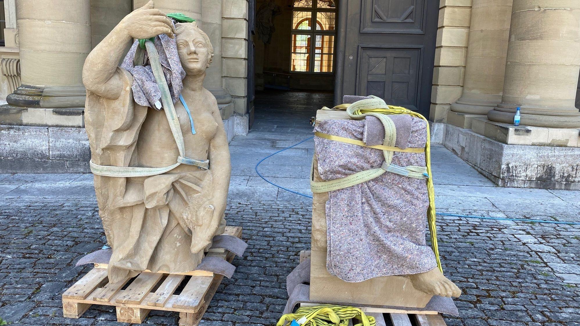 Kopie einer der verschollen Figuren  von der Fassade der Würzburger Residenz