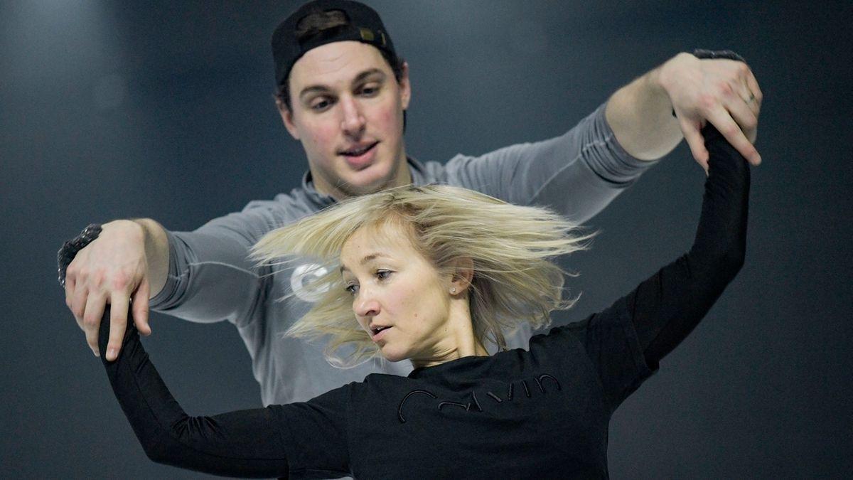Eiskunstläufer Aljona Savchenko und Bruno Massot