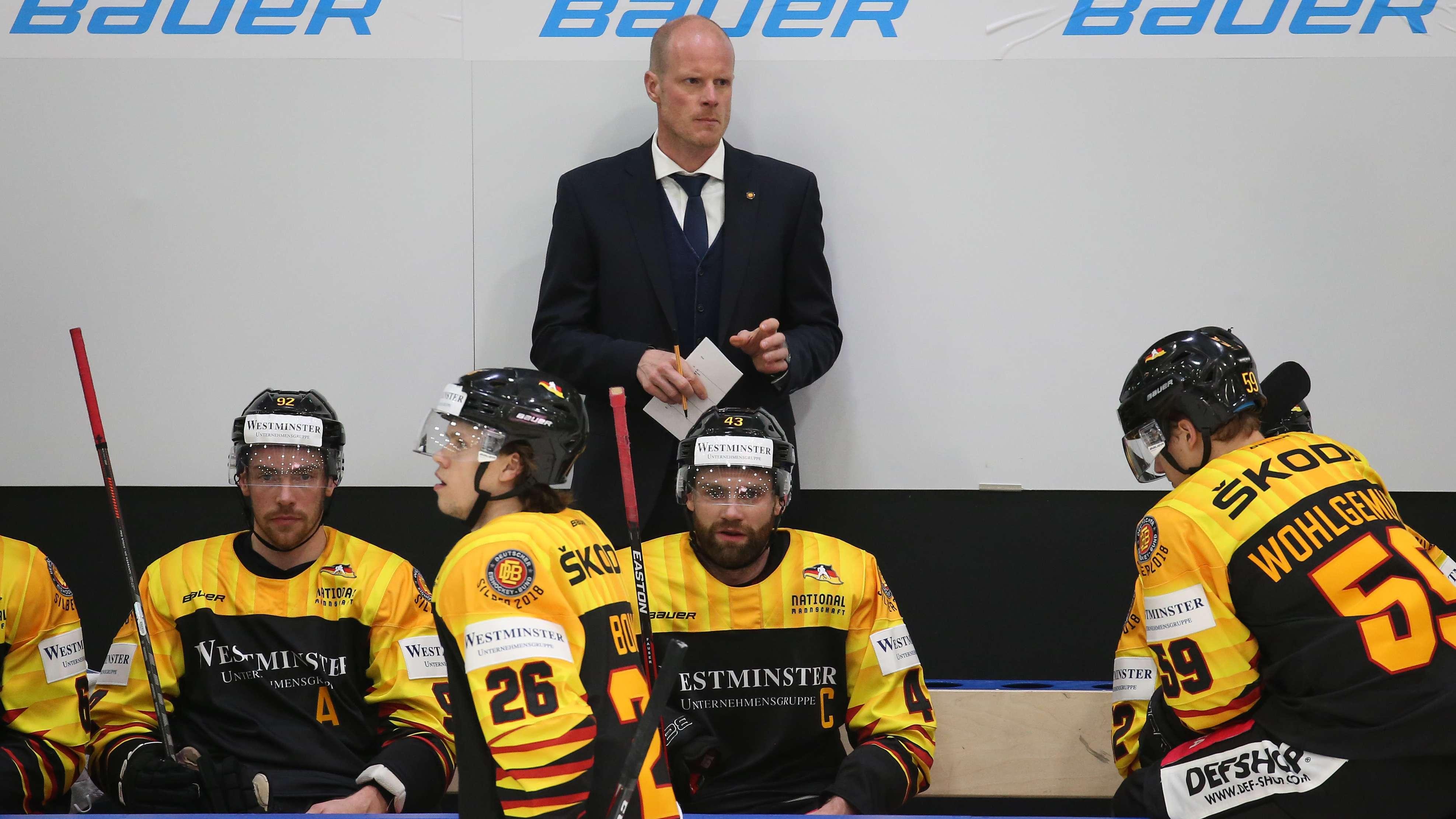 Der neue deutsche Nationaltrainer Toni Söderholm und sein Team