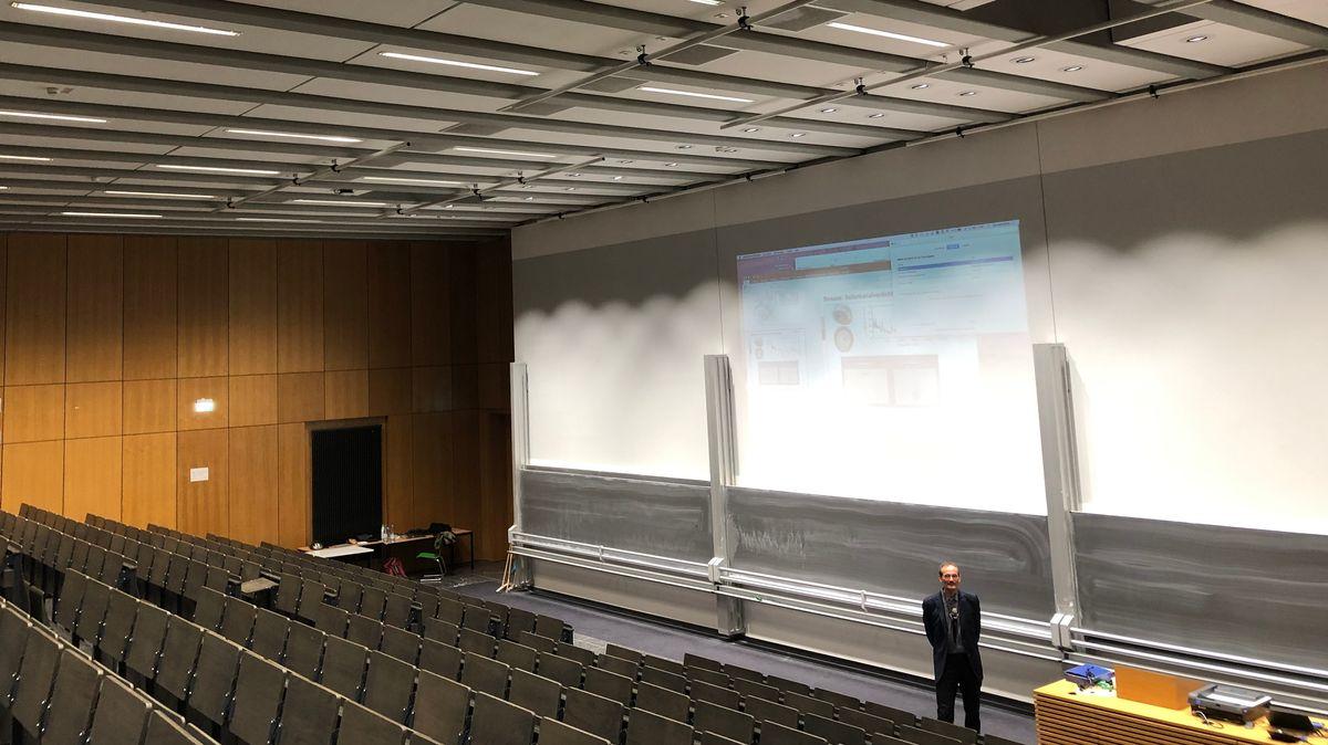 Hörsaal der Uni Erlabngen-Nürnberg