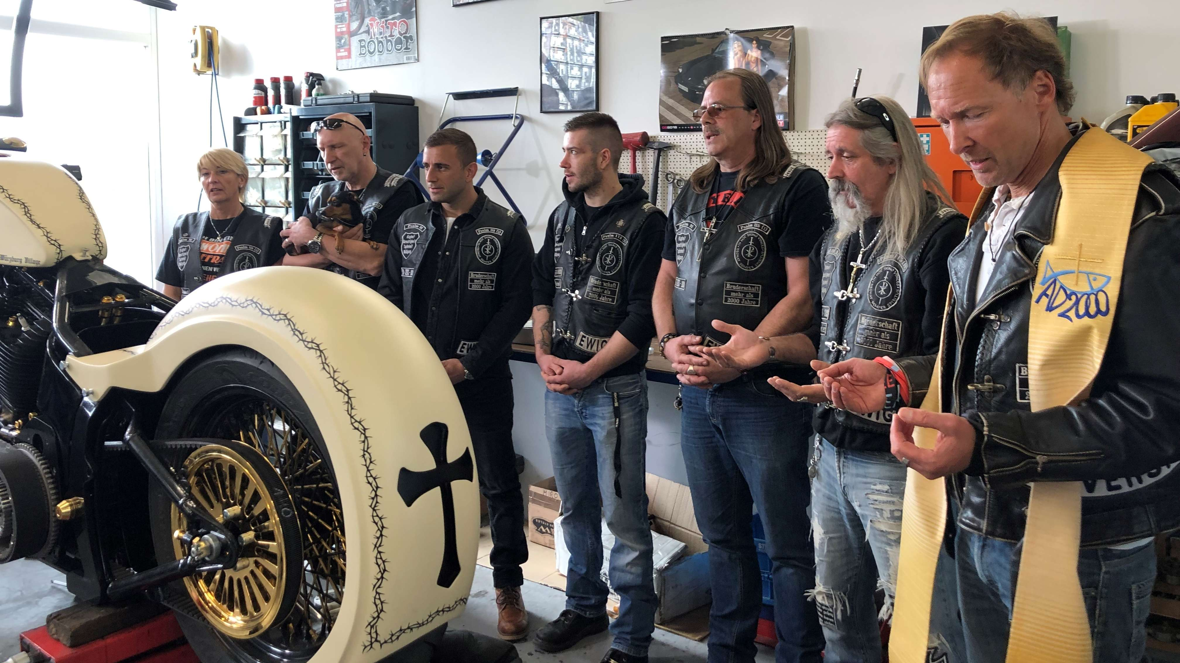 In Hettstadt entsteht eine Harley-Davidson-Spezial-Anfertigung für Papst Franziskus.