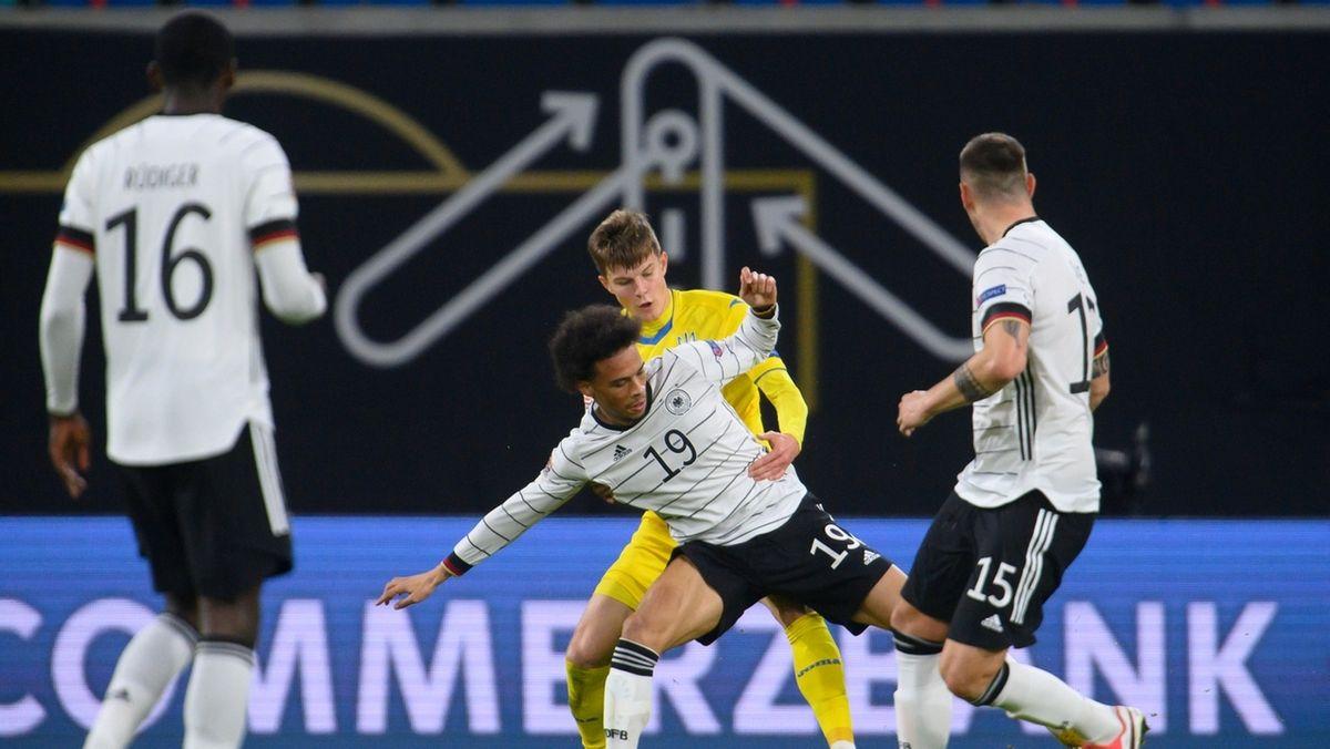 Eduard Sobol, der am Samstag beim 1:3 gegen das DFB-Team spielte, sowie ein anderer Spieler der Mannschaft wurde inzwischen positiv auf das Coronavirus getestet.