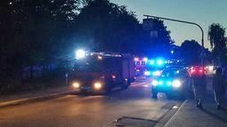 Feuerwehrautos auf der Lappersdorfer Straße in Regensburg   Bild:BR/Uli Scherr