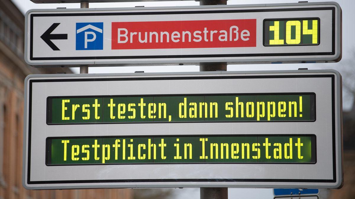 Modellversuch in Tübingen: Lockerungen mit Schnelltests