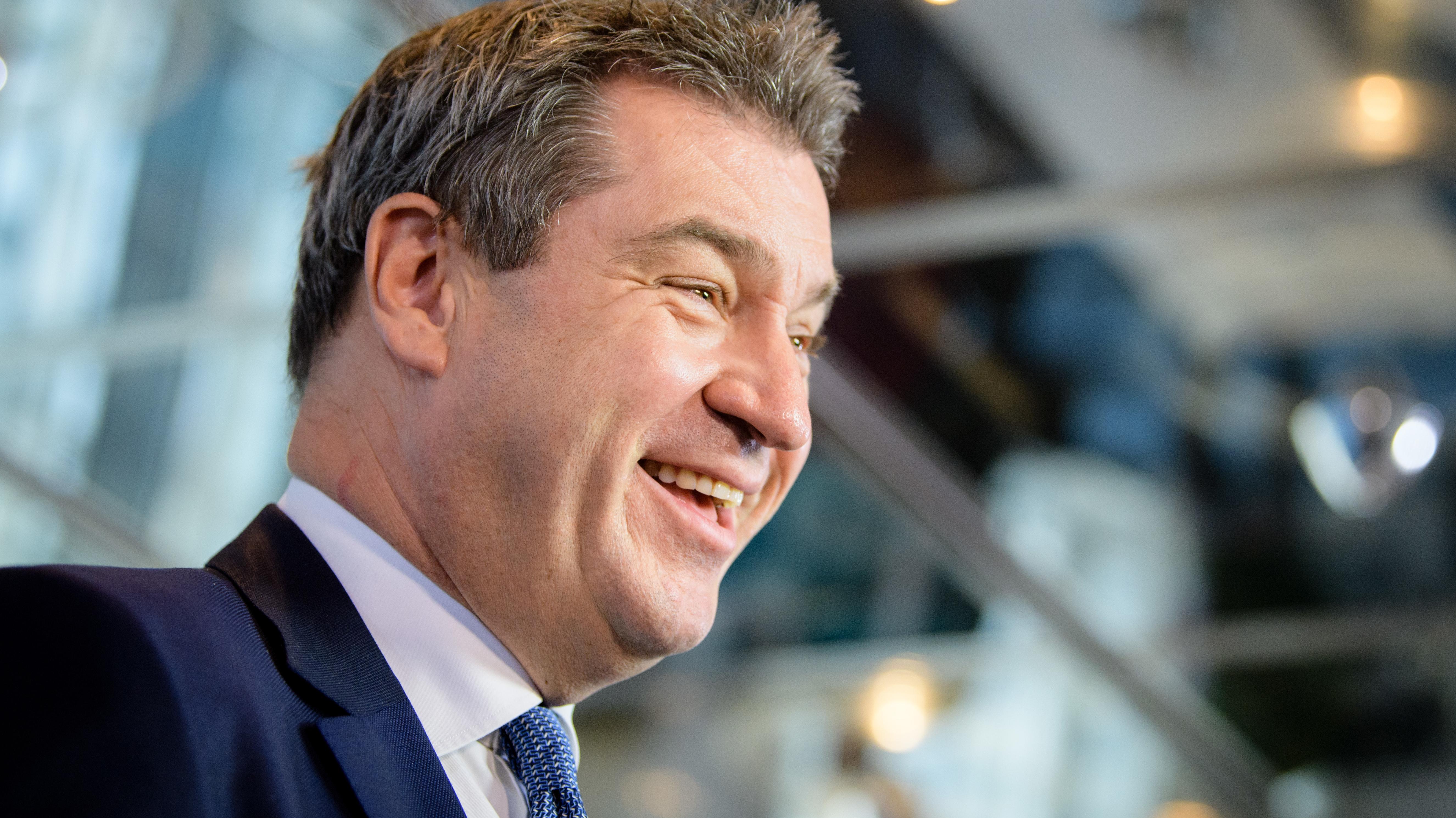 Gutes Zeugnis für Ministerpräsident Markus Söder im BR-BayernTrend