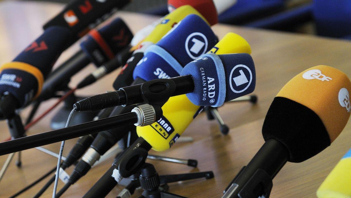 Zuschauer mehr ans Mikro zu holen könnte eine Chance für die Zukunft der Öffentlich-Rechtlichen sein.