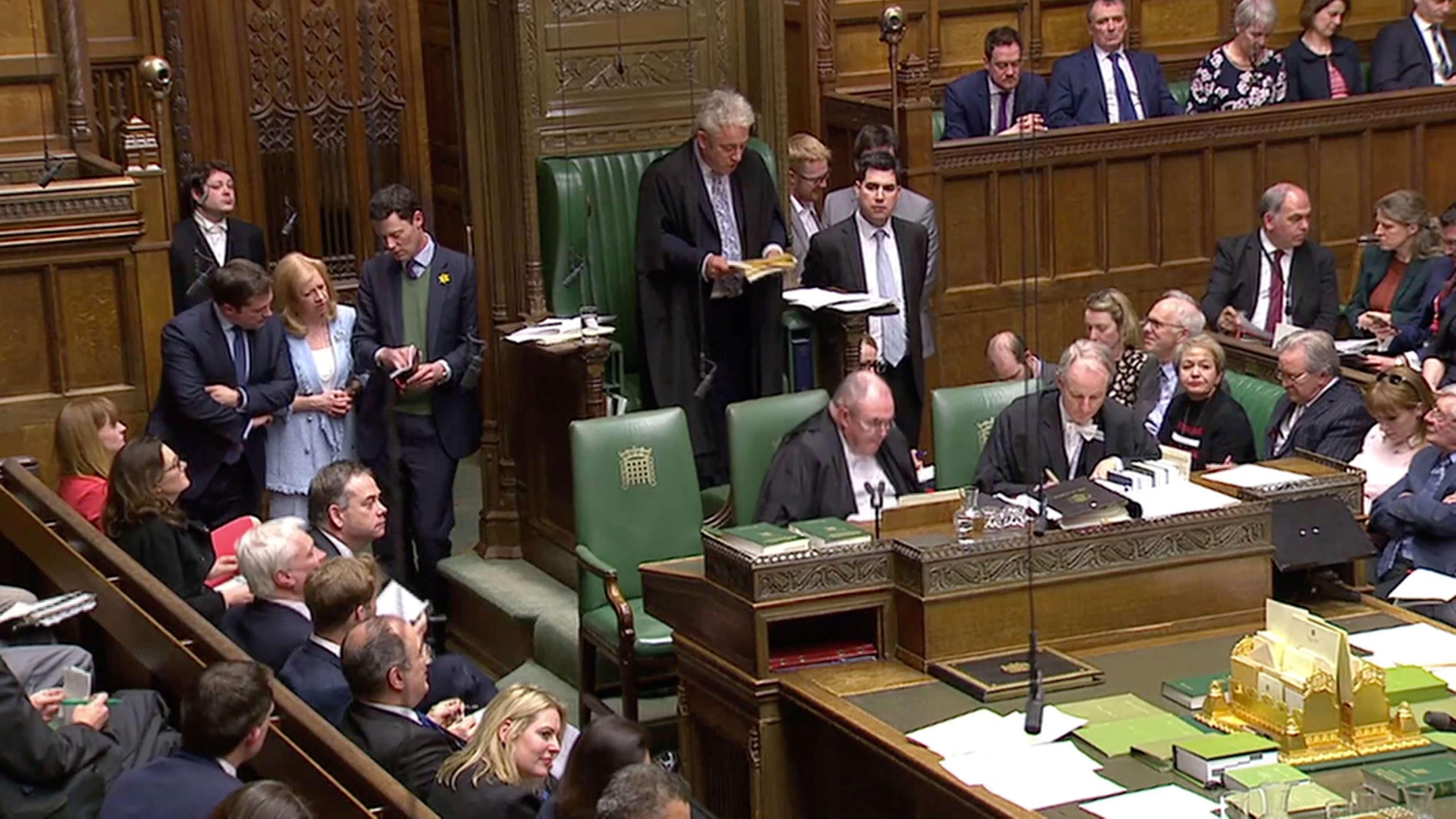 Speaker John Bercow gibt im Unterhaus Abstimmungsergebnisse bekannt