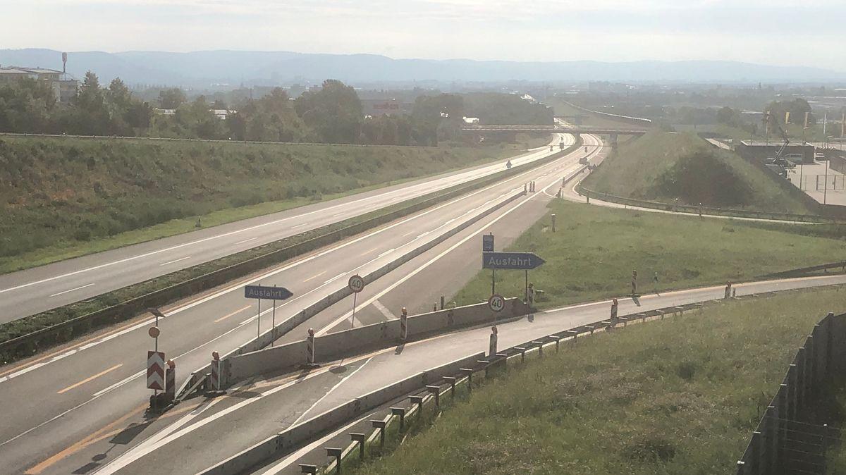 Erneut musste die A3 bei Regensburg wegen Brückenbauarbeiten am Wochenende komplett gesperrt werden
