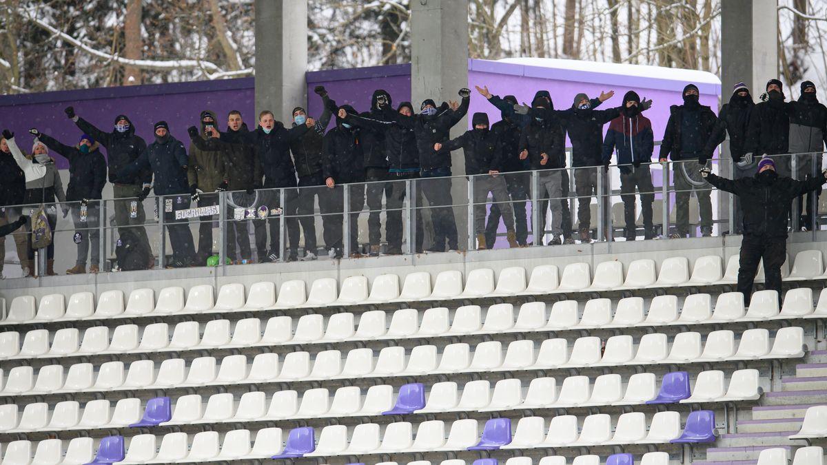 Aue-Fans beim Heimspiel gegen Fortuna Düsseldorf