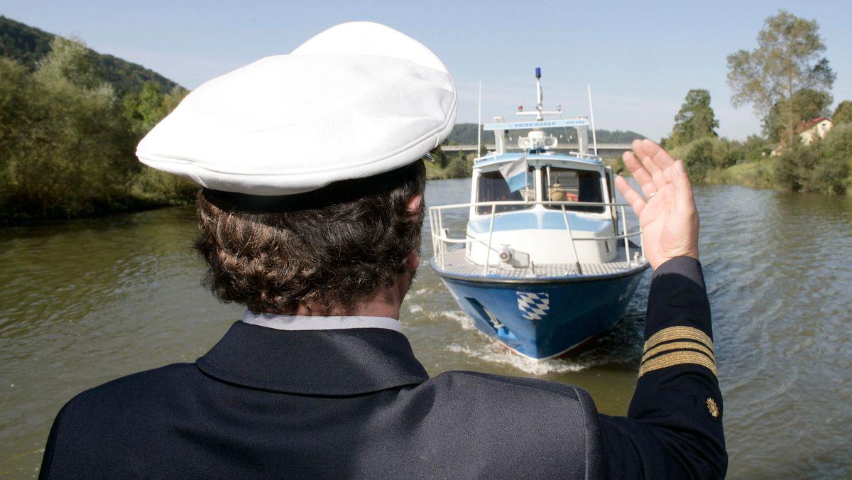 Polizeibeamter der Wasserschutzpolizei