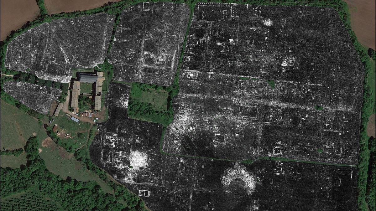 Die Grundrisse der antiken Stadt Falerii Novi im heutigen Italien. Mit  modernen Bodenradaren konnten Archäologen die komplette Stadt skizzieren.