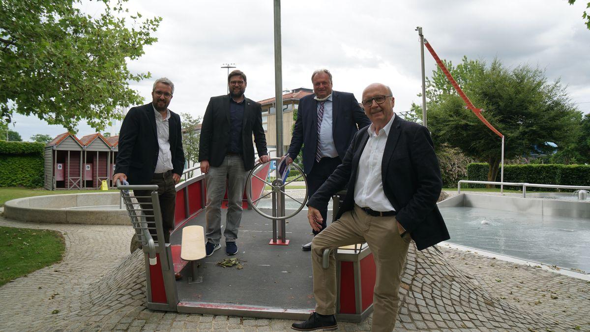 Praxis-Check im Keldorado (v.r.) Landrat Martin Neumeyer, Walter Nussel MdL, Bürgermeister Christian Schweiger, Florian Best v. Tourismusverband