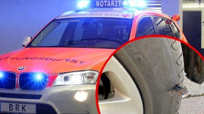 Notarztfahrzeug und zerstochener Reifen - Montage BRK