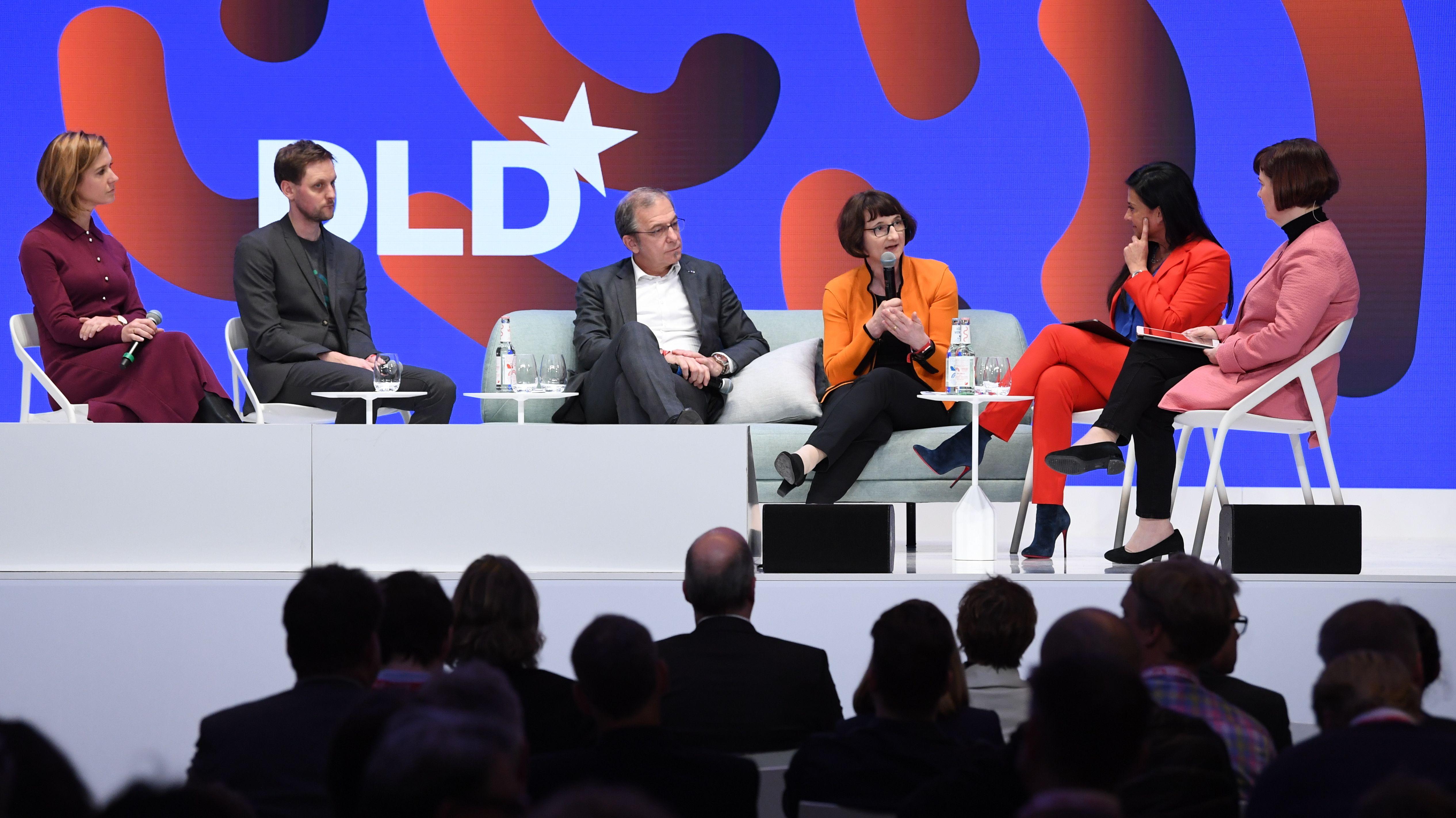 Beim DLD 2020 in München diskutiert ein Panel über die Zukunft des Quantencomputing