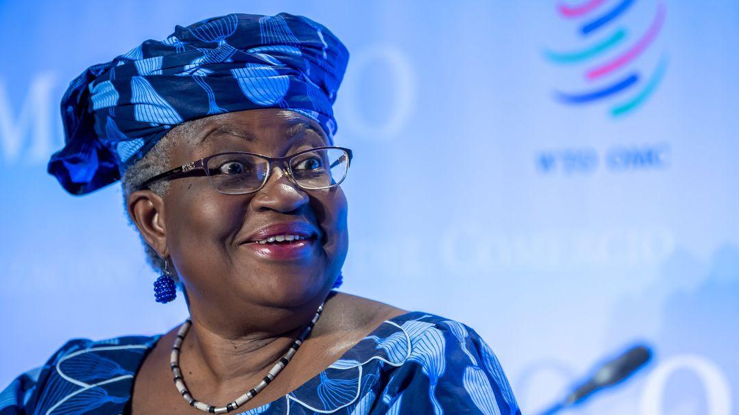 Ngozi Okonjo-Iweala aus Nigeria spricht während einer Pressekonferenz.