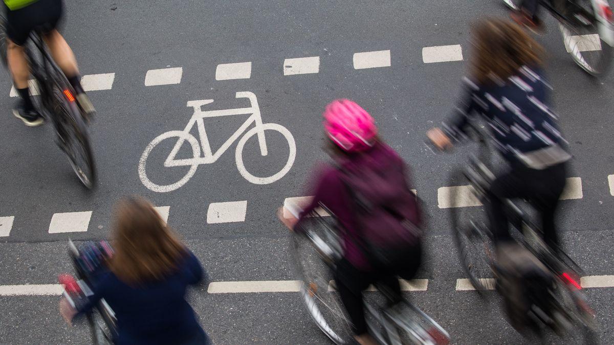 Radfahrer von oben.