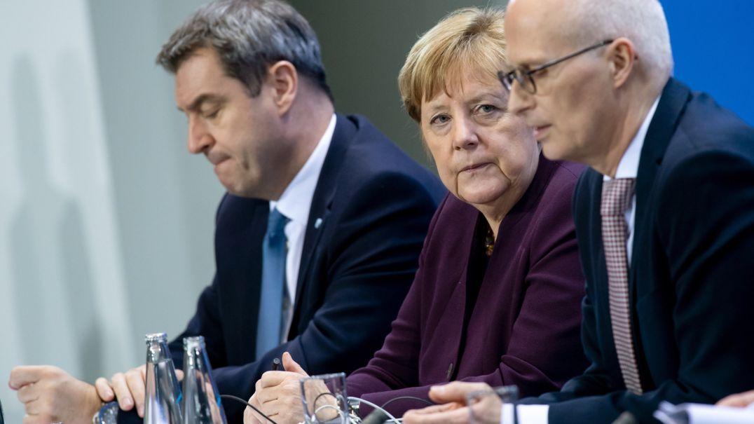 Ministerpräsident von Bayern, Bundeskanzlerin Angela Merkel (CDU) und Peter Tschentscher (SPD), Erster Bürgermeister von Hamburg