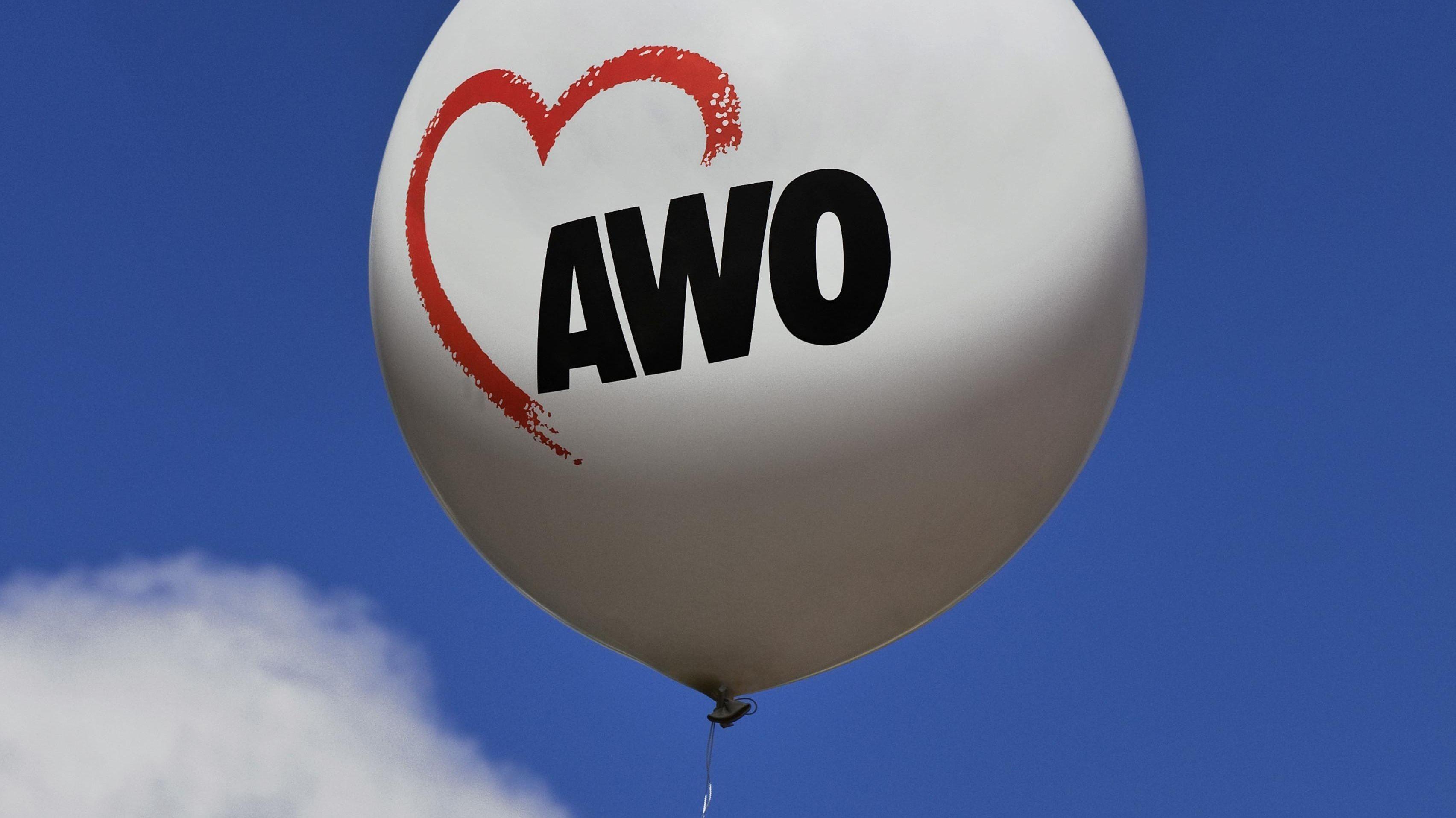 Luftballon mit AWO-Logo