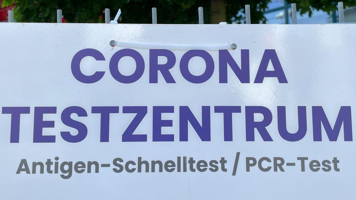SYMBOLBILD: Corona-Testzentrum