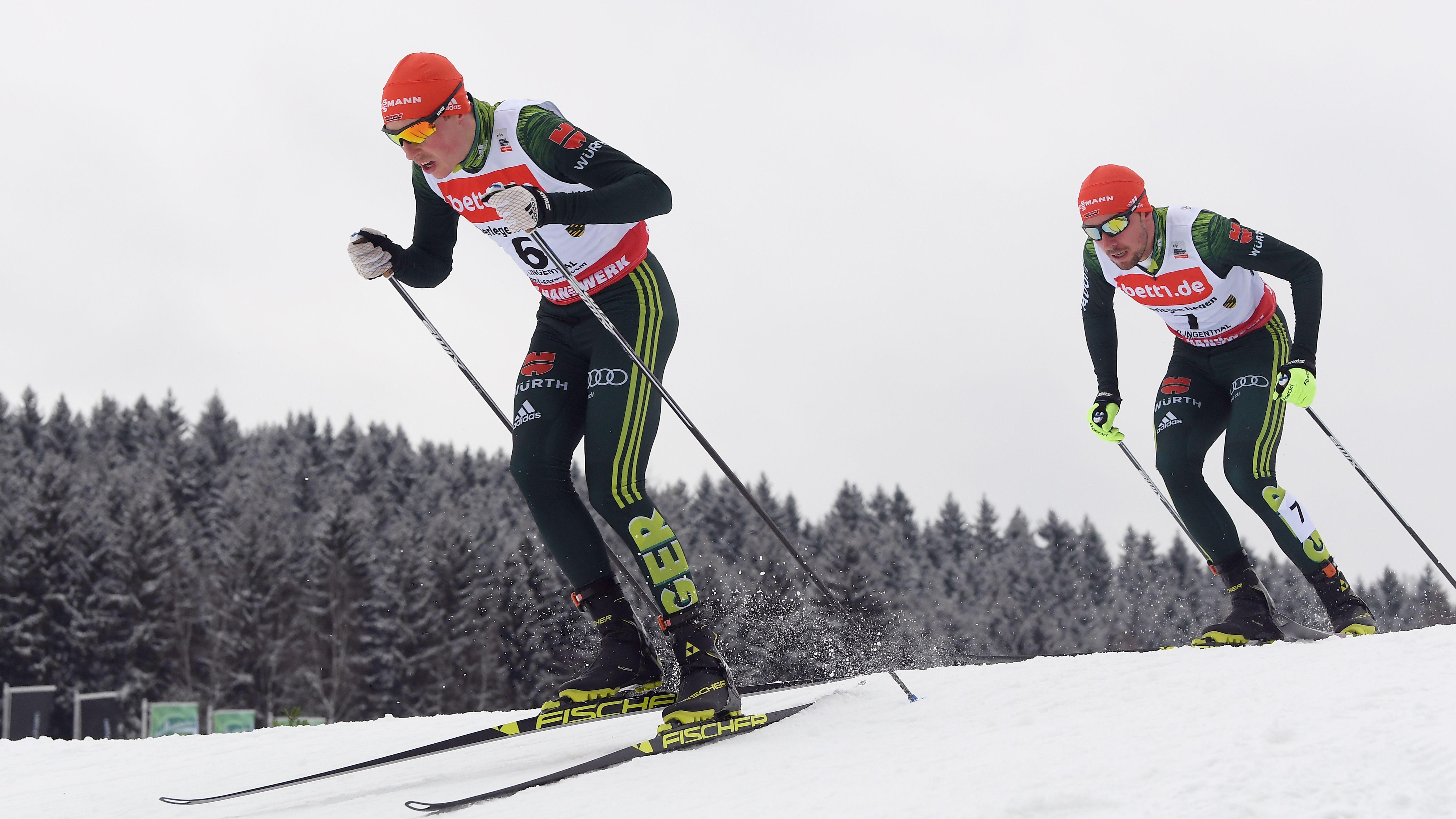 Eric Frenzel (links) und Johannes Rydzek bei einem Weltcuprennen