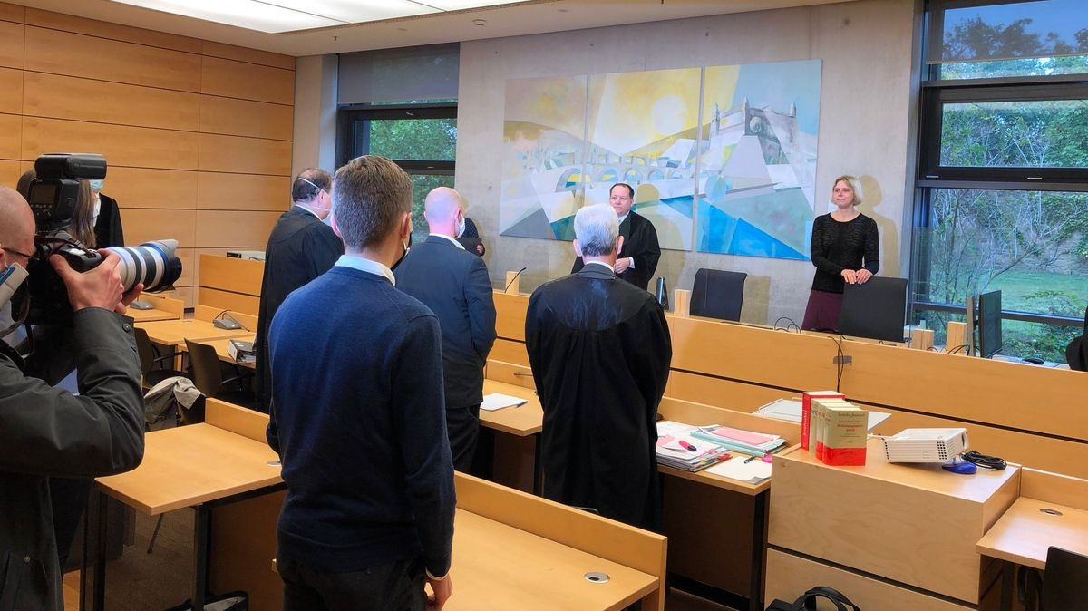 Prozess in Würzburg gegen Polizisten