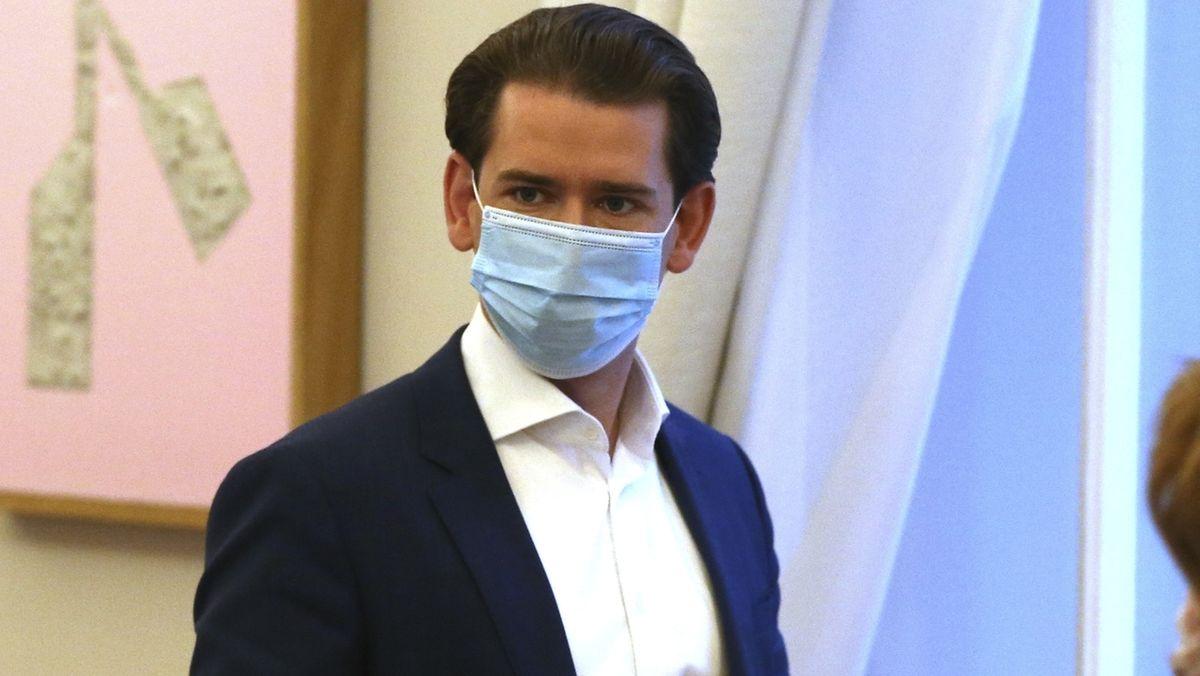 Österreich hat angesichts der Furcht vor einer unkontrollierten Ausbreitung einer Mutation des Coronavirus eine Verlängerung des Lockdowns beschlossen. Kanzler Kurz kündigte verschärfte Abstandsregeln an.