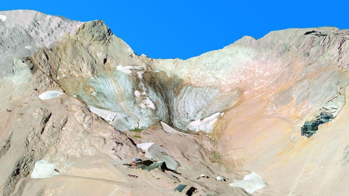 Nördlicher Schneeferner, der Gletscher auf der Zugspitze in den Alpen