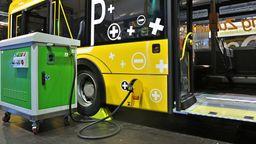 Symbolbild: Elektrobus des polnischen Herstellers Solaris    Bild:picture alliance / ZB   Jan Woitas